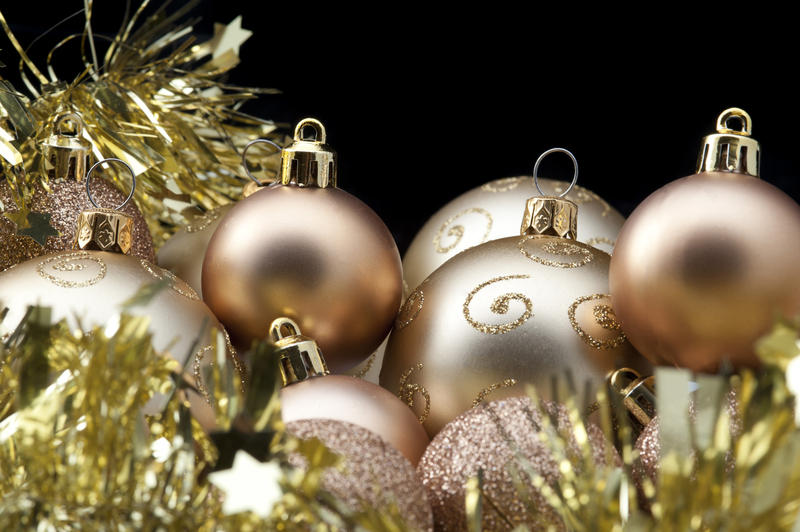 free stock photo 6834 gold xmas baubles and tinsel