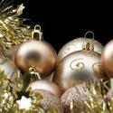 6834   Gold Xmas baubles and tinsel