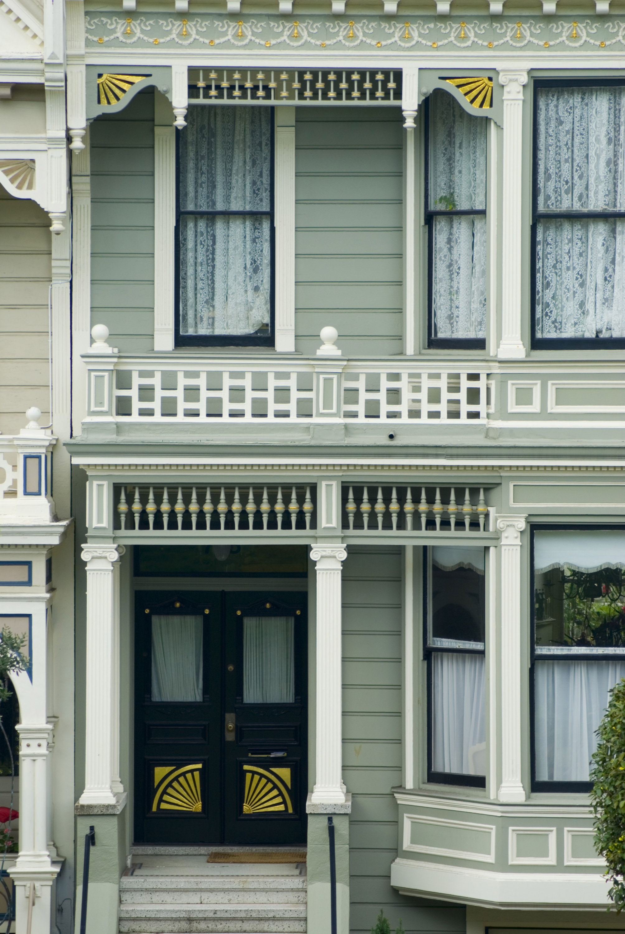 Free Stock Photo 5560 historic house fronts | freeimageslive