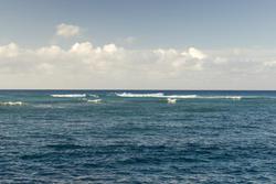 5499   Waikiki Surf breaks