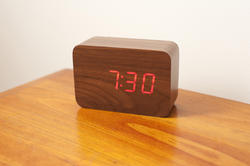 10633   Dark Brown Wooden Bedside Led Clock