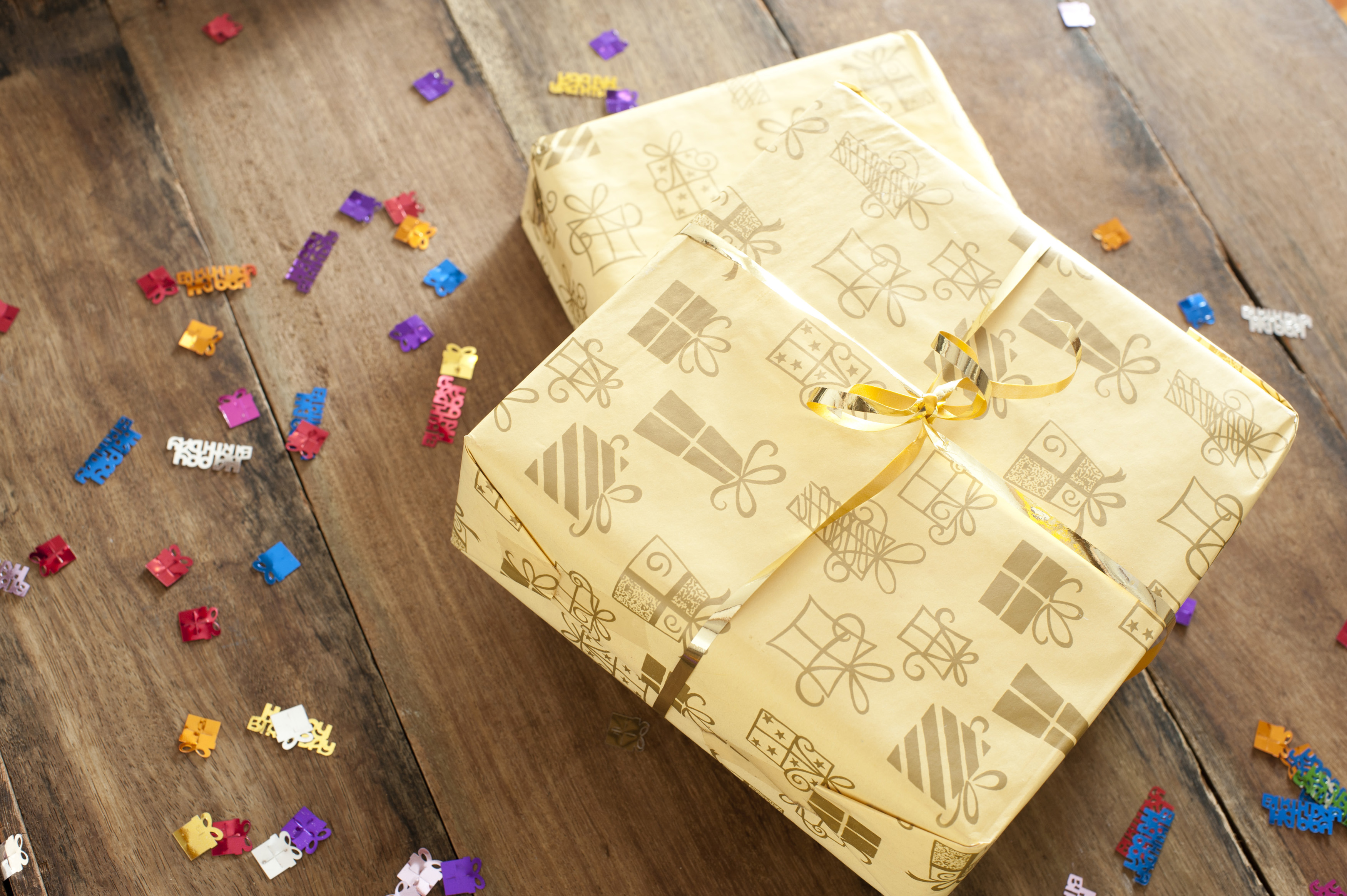 free stock photo 11434 two gift wrapped birthday presents