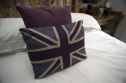 9982   Britain themed bedroom