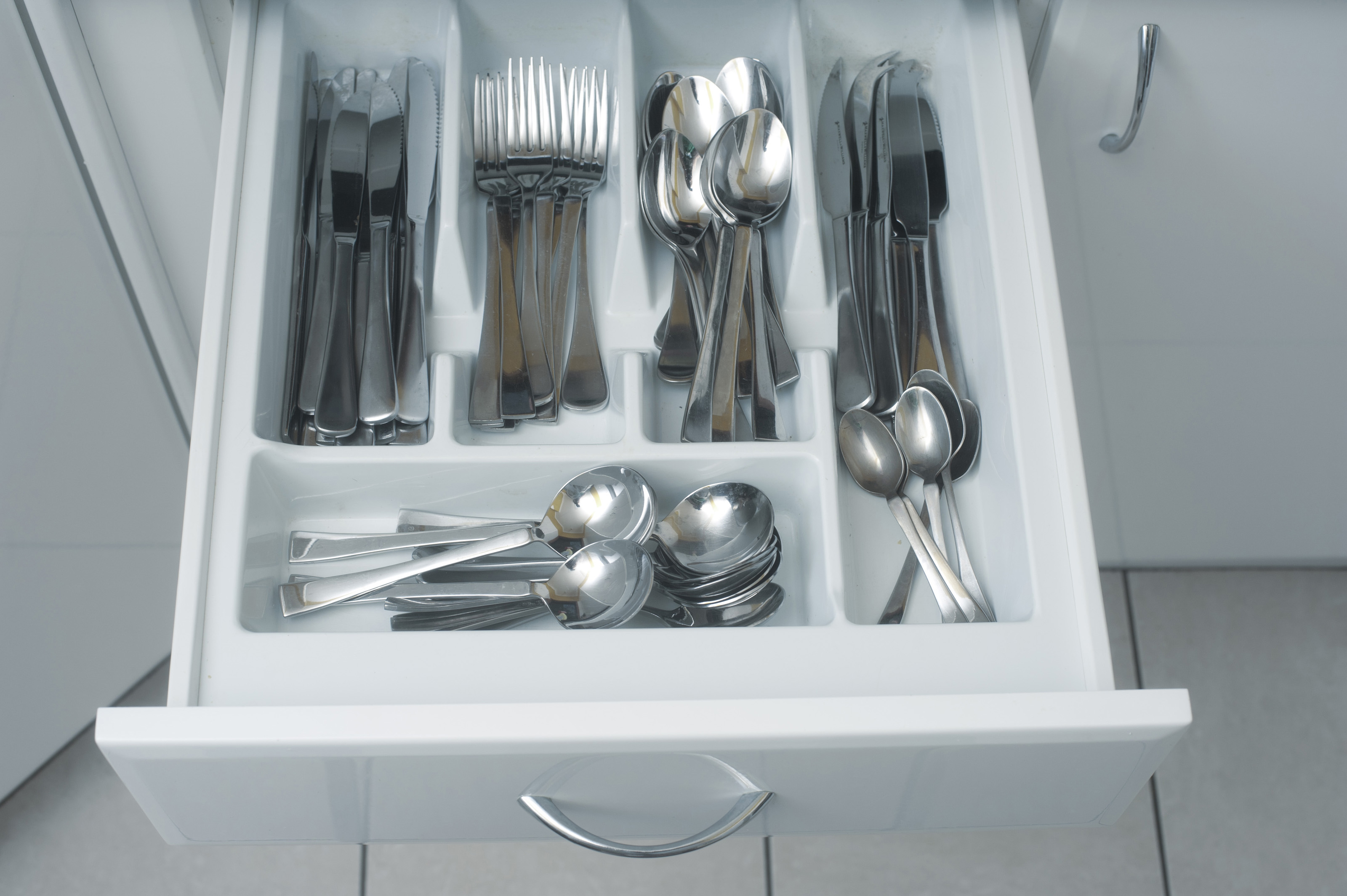 Free Stock Photo 8221 cutlery drawer | freeimageslive