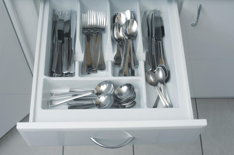 8221 cutlery drawer