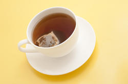 9954   Cup of black tea with a teabag