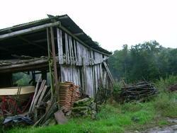 8535   falling down barn