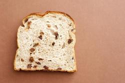 11786   Slice of white fruit bread