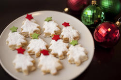 8497   Tasty golden Christmas cookies