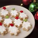8497   Tasty golden Christmas cookies
