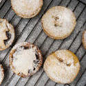 8498   Traditional home baked fruity Christmas mince pies