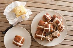 11788   plate of hotcross buns