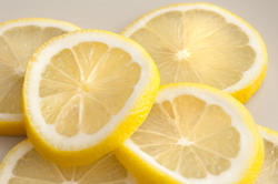 11789   Several segments of lemon