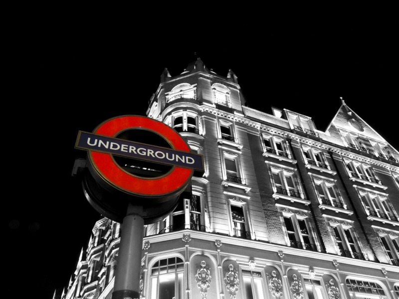 <p>Famous London Tube sign - logo design for editorial use only</p>
