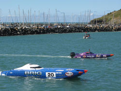 10994   Competitors in a power boat race