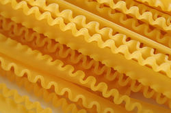 11802   Frilled Edges of Dry Lasagna Noodles