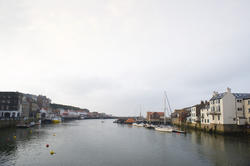 7985   Lower harbour of Whitby