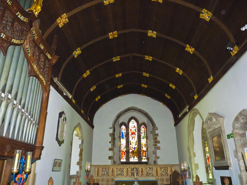 <p>Roof Timber Gold</p>Looking up at the roof inside Ellingham church you see this beautiful timber structure finished with a tasteful touch of gold.
