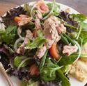 8513   Salad nicoise topped with tuna