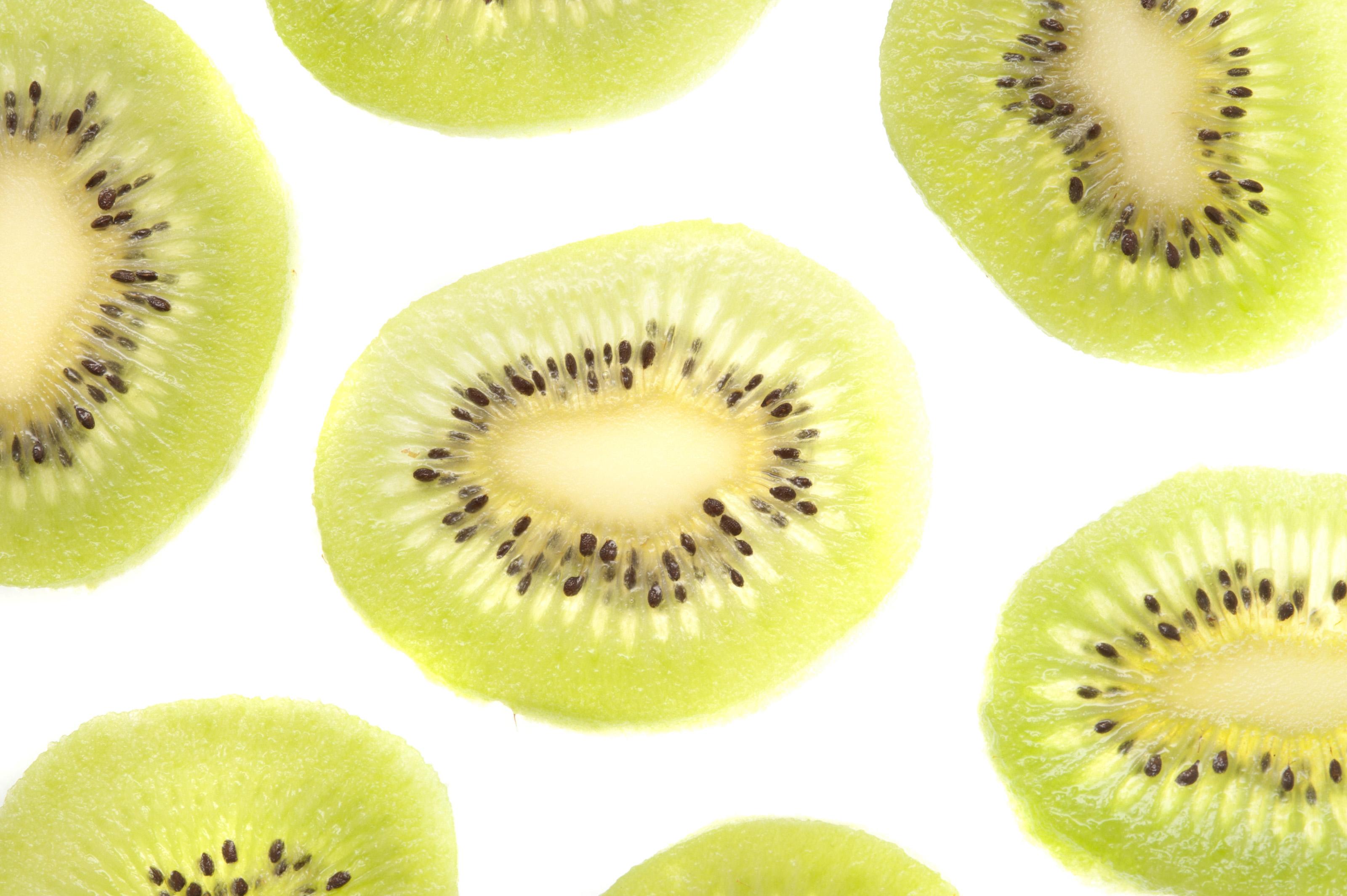 how to cut kiwi fruit decorative