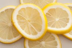 11806   Sliced fresh lemon background