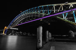 10392   sydney bridge selective color