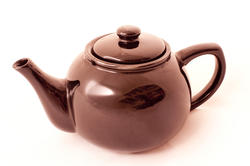 9965   Warm copper colored basic teapot, on white