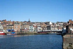 7858   Whitby harbour and swing bridge