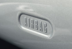 16870   Airbag sign or label in a BMW Mini One