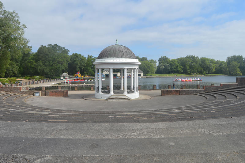<p>Old Bandstand in the UK</p>