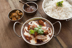 12286   Indian cuisine in serving pans
