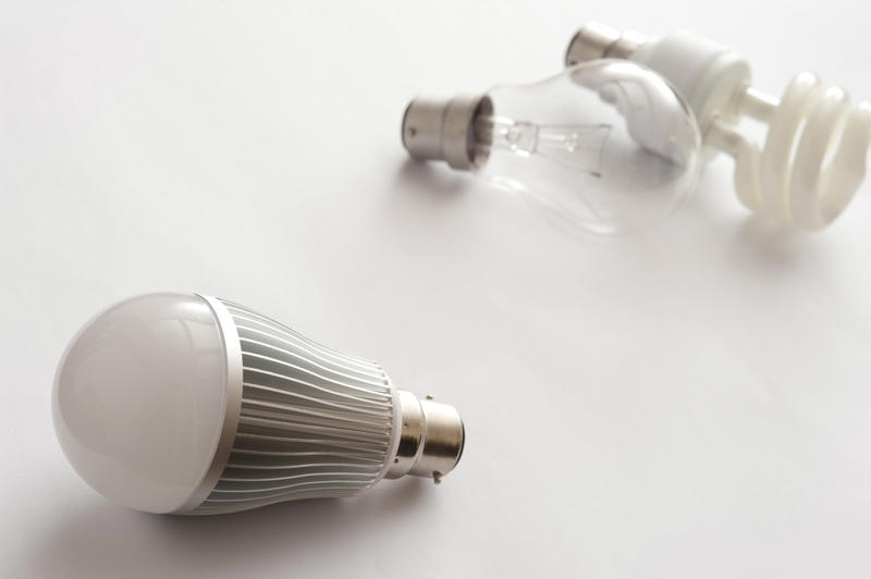 13740   Generations of light bulbs