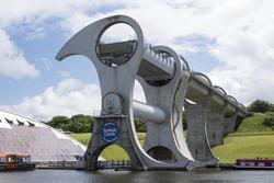 12813   Falkirk Wheel Rotating Boat Lift in Scotland