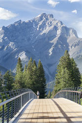 13205   jogger in banff