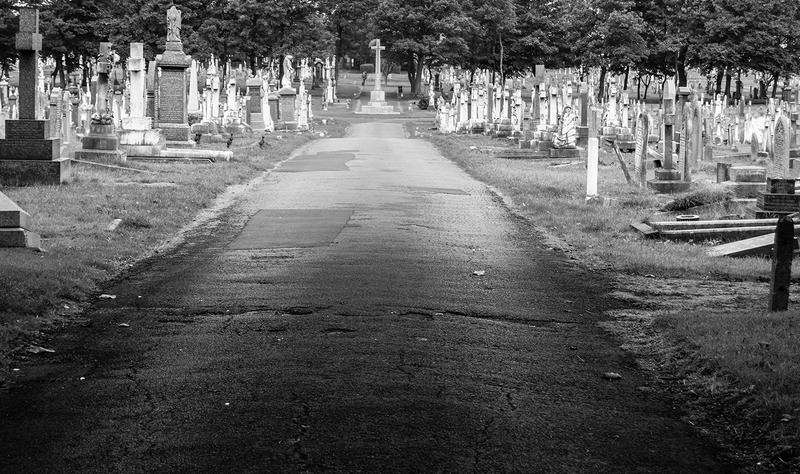 <p>Layton cemetery is a graveyard located at Talbot Road in Blackpool, Lancashire in England. It was opened in 1873 when Blackpool parish church was replete with burying. The site encompasses 30 acres, having been regularly expanded during its history</p>