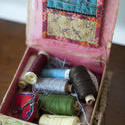 12175   Open sewing box with reels of thread