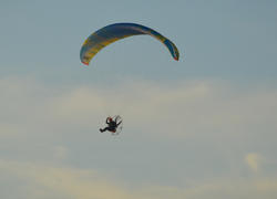 17032   para glide in the sky over Cleveleys near to Blackpool