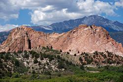 12212   Pikes Peak behind Kindergarten Rock at Garden of the Gods