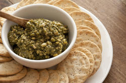12770   Tasty basil pesto savory dip with crackers