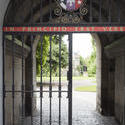 12842   Entrance gate to St Andrews University