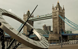 13220   tower bridge