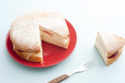 12347   Victoria sponge cake