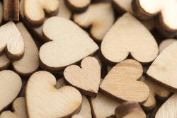 13505   texture of wooden hearts