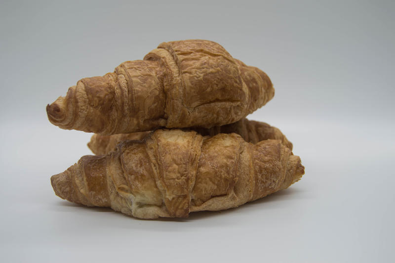 <p>Croissants with white background</p>