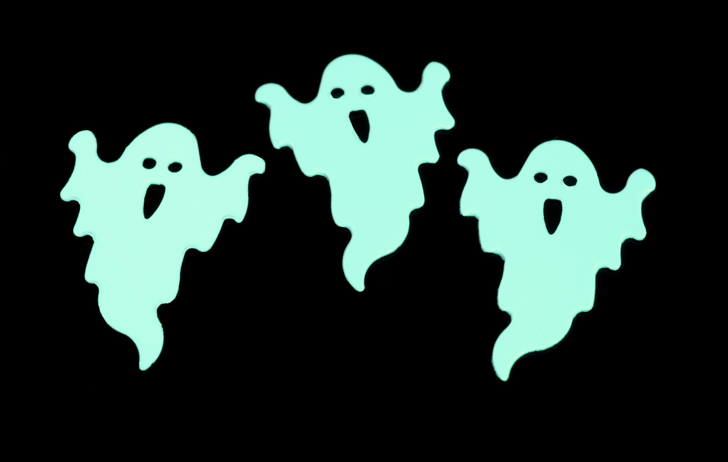 Free Stock Photo 1441-glowing green ghosts | freeimageslive