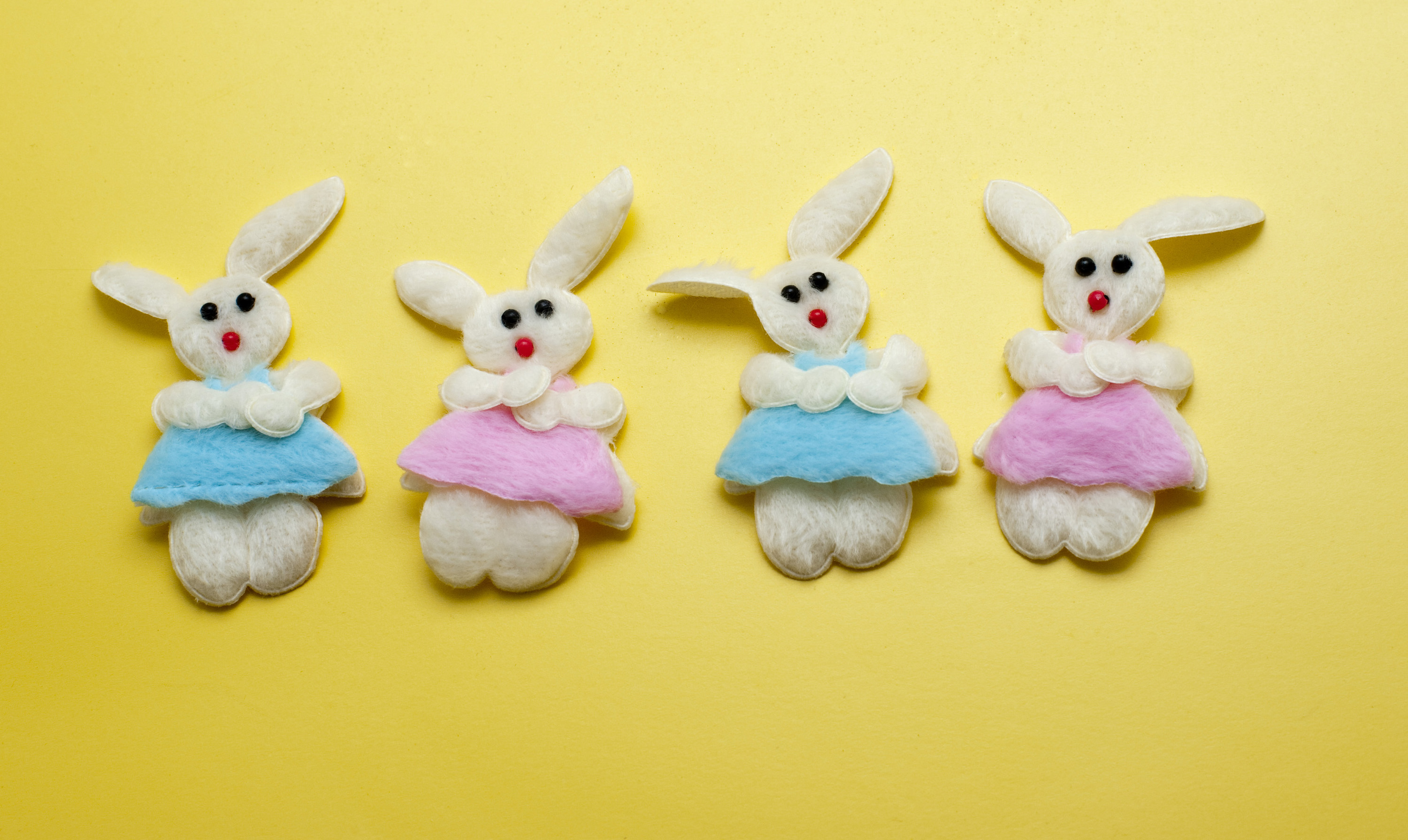 free stock photo 5053 four decorative easter bunnies freeimageslive