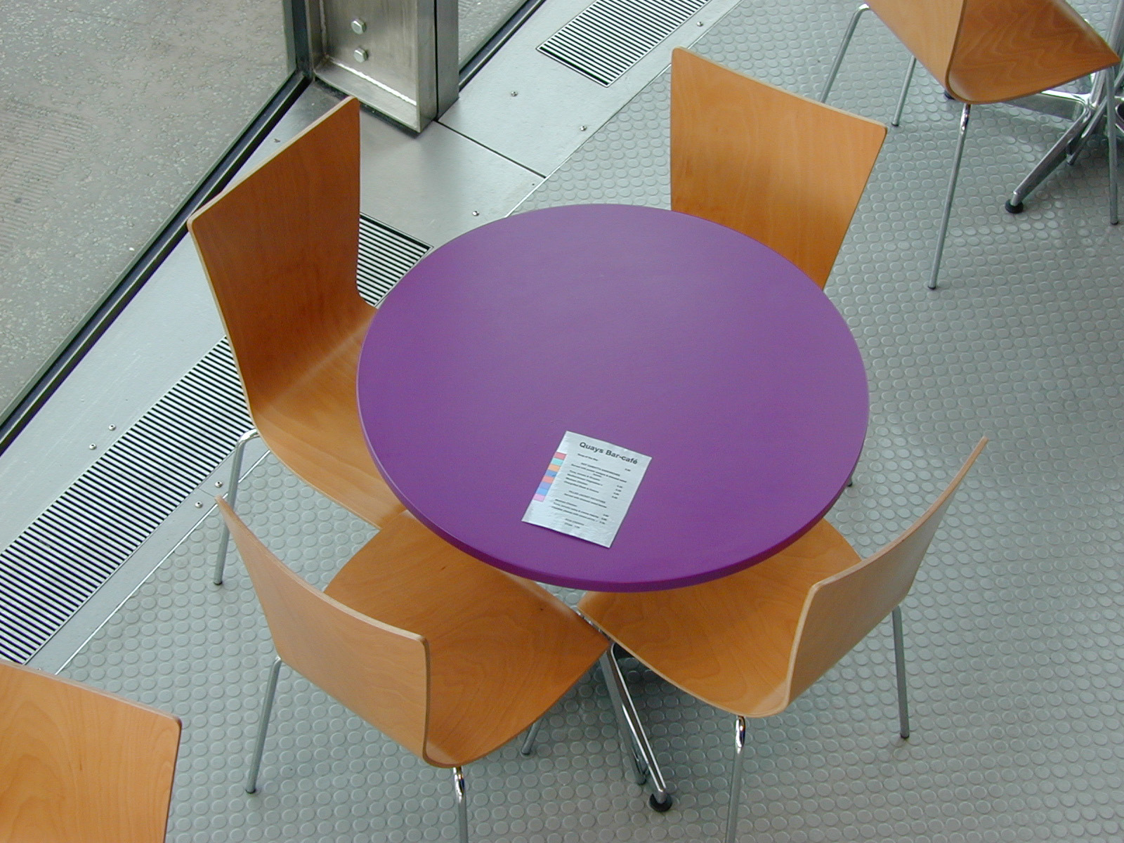 Modern cafe chairs and tables - Cut Paste Code