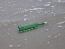 391-bottle_in_the_ocean_0305.JPG