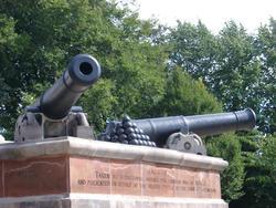 404-war_cannon_1043.jpg
