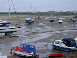 385-yachts_low_tide_3831.JPG